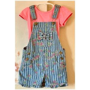Short overalls with top